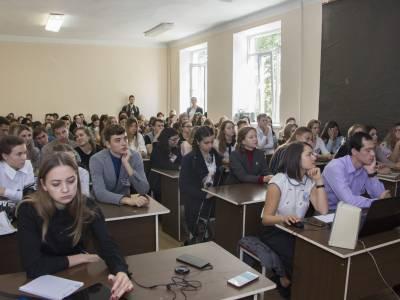 В ПГУ отметили Международный день переводчика