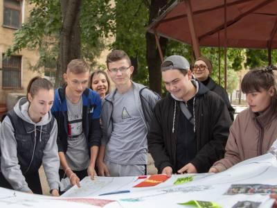 Первокурсники приняли участие в «Веревочном курсе»