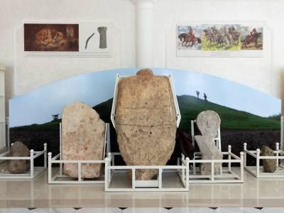 В Екатерининском парке работает выставка находок археологов ПГУ